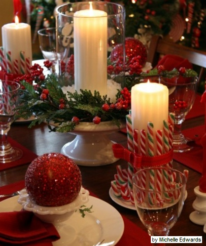 christmas table decorations - red color scheme and candy canes
