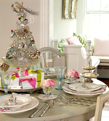 Christmas Table Decorations - Vintage Glam